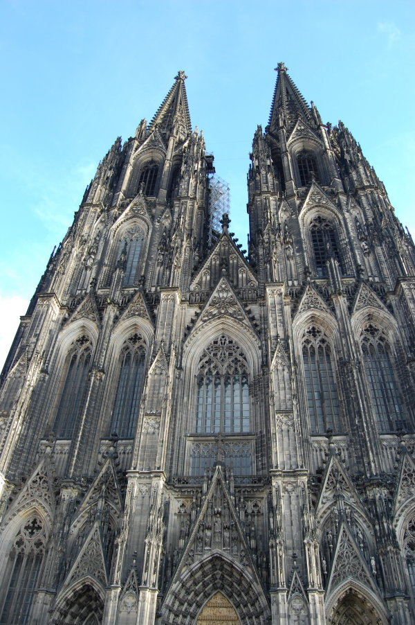 The front of Cologne cathedral